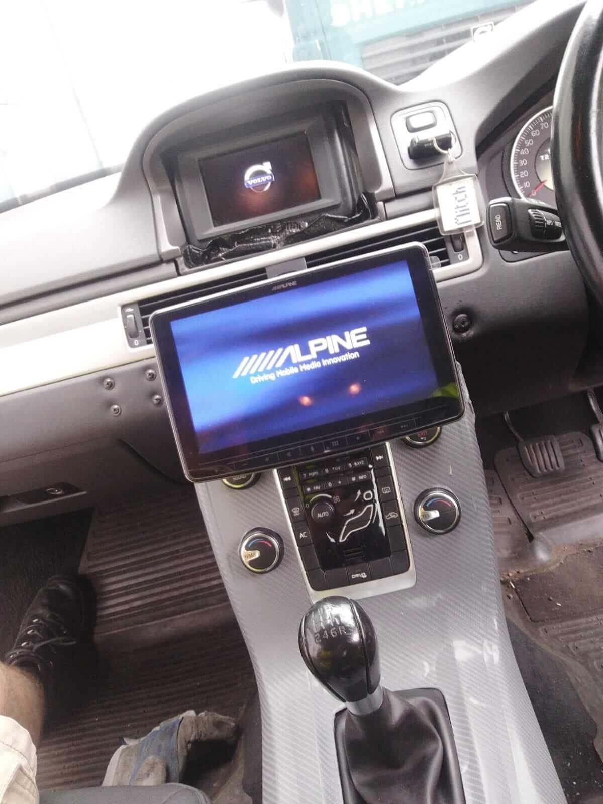 Halo9 into Volvo ex police car2-min