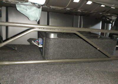 Underseat sub in Ford Transit Custom