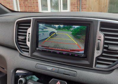 Kia Sportage 2016 reverse camera retention on Kenwood