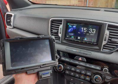 Kia Sportage with original radio & Kenwood upgrade